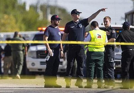 德克萨斯州教堂枪击案致20余人死亡