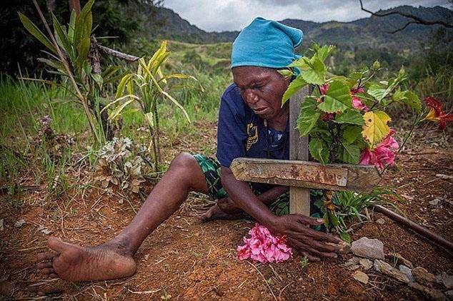 巴布亚新几内亚巫术2.jpg