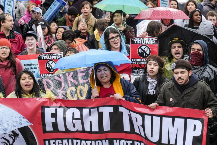 女性权利:游行抗议1.jpg