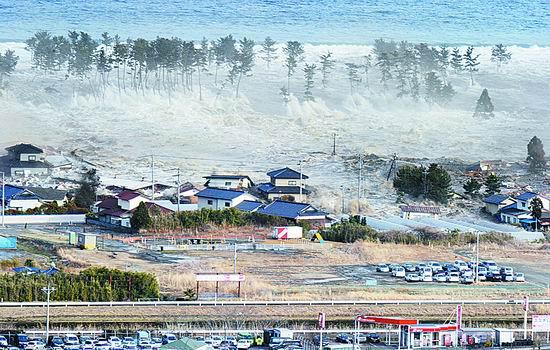 日本3·11大地震引发海啸.jpg