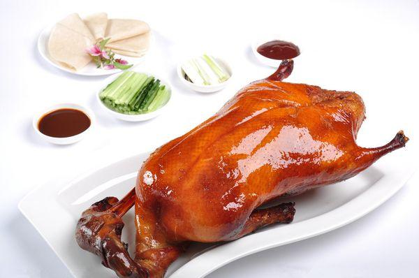 北京烤鸭火爆登陆纽约 订餐电话被打爆