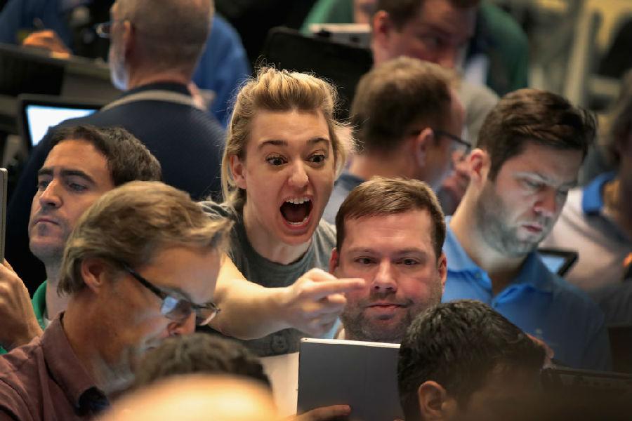 美国股市强劲反弹 巨幅波动重现市场.jpg