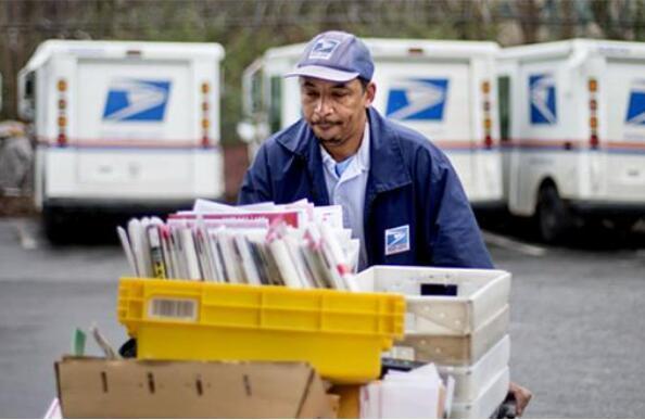 """美国邮政局""""以变应变""""站稳市场.jpg"""