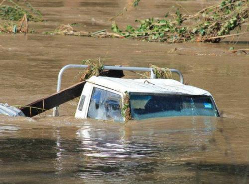 洪水侵袭昆士兰州.jpg