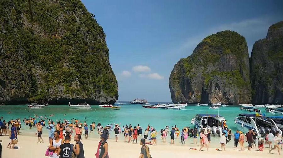 保护珊瑚礁 泰国关闭玛雅湾海滩