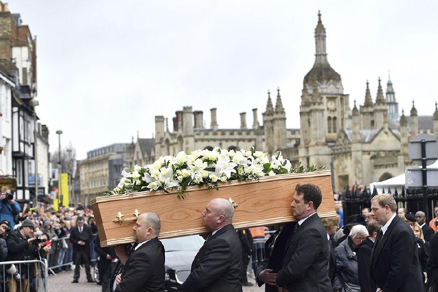 霍金葬礼在英国剑桥举行.jpg