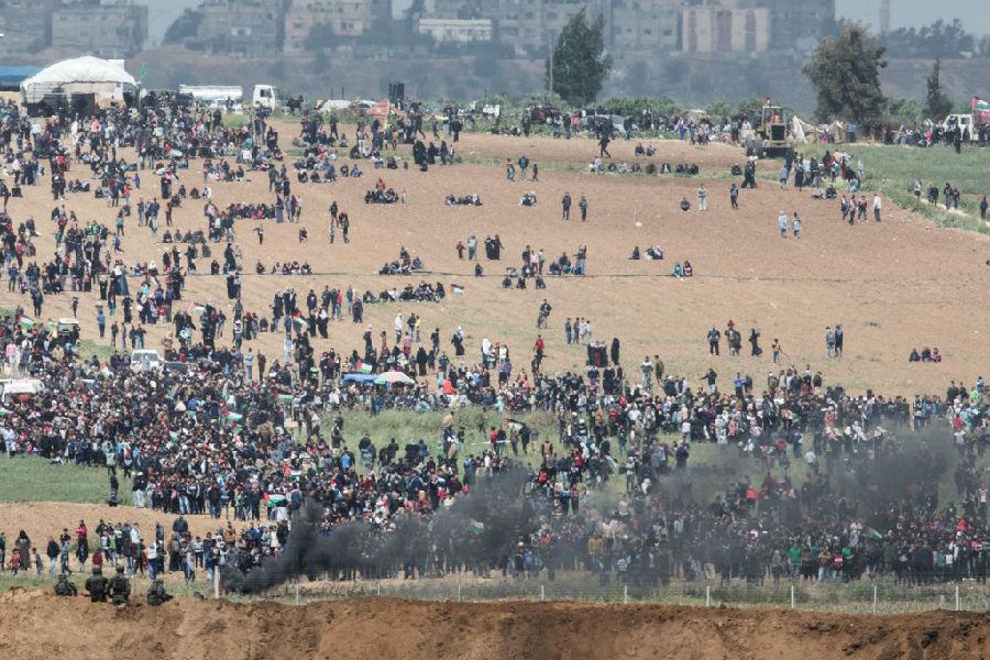 巴以加沙边境冲突再起.jpg