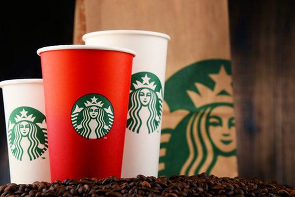 星巴克重金征集环保咖啡杯图片