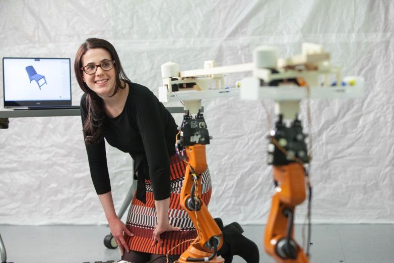 机器人帮助私人订制家具