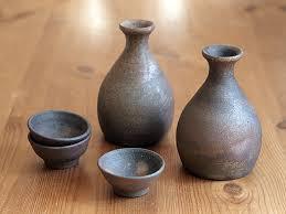 日本传统的清酒瓶