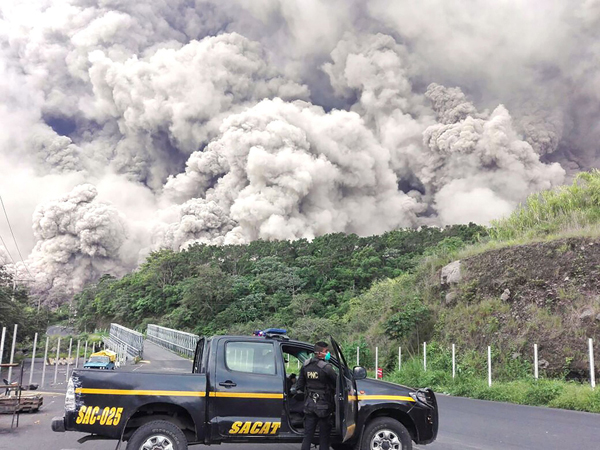 危地马拉火山喷发致60多人遇难.jpg