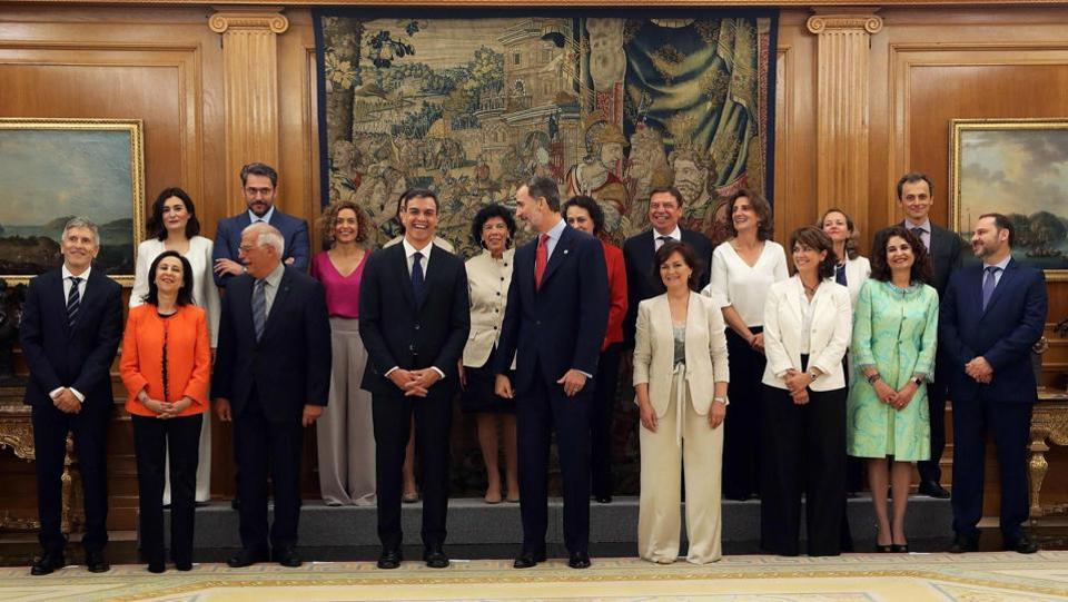 西班牙政界 女性挑大梁