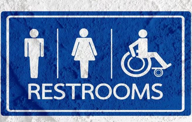 美国人不管厕所叫WC或toilet