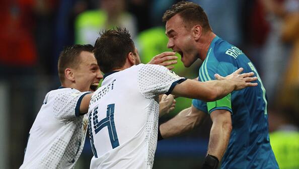 俄罗斯点球大战5-4淘汰西班牙晋级八强.jpg