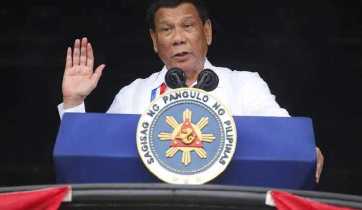菲律宾总统辱骂上帝'愚蠢'.jpg