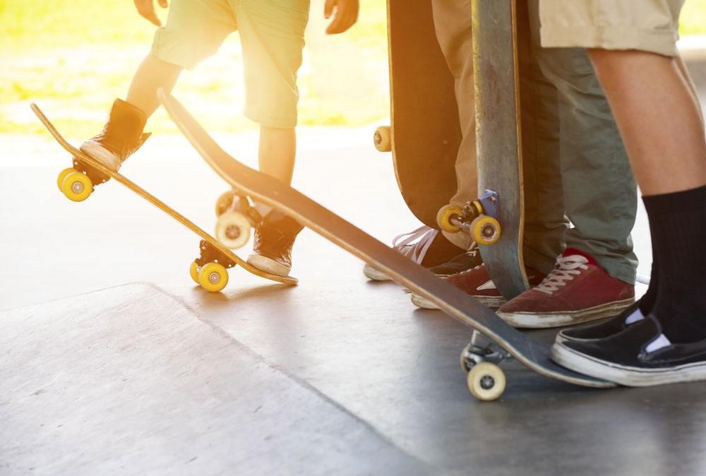 12岁滑板少年创业成人生赢家.jpg