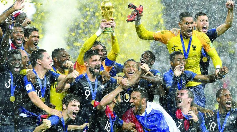 法国获得世界杯冠军.jpeg