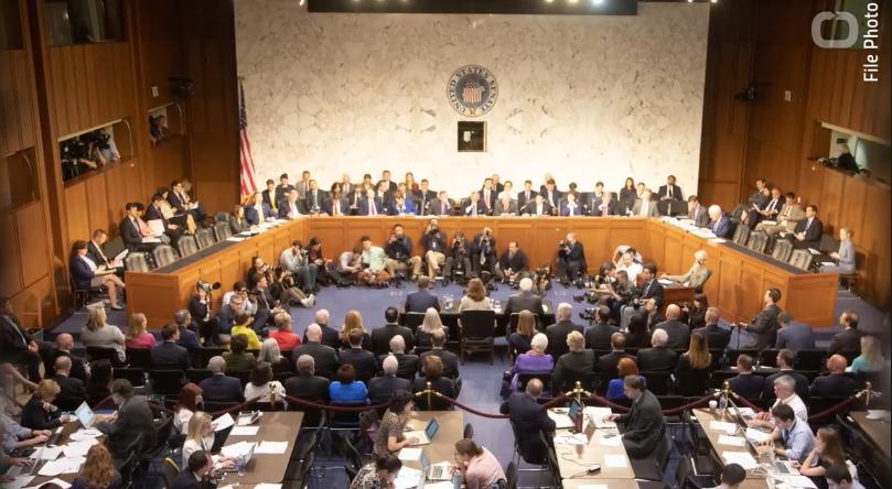 Facebook和Twitter将出席美参议院举行的听证会.png