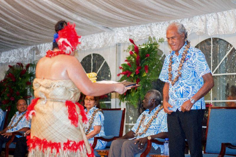 汤加首相下战书 邀各岛国领导人减肥.jpg