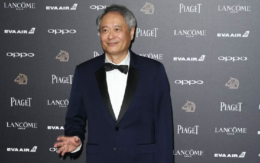 """Ang Lee won the Lifetime Film Achievement Award and was praised by foreigners as a """"Legendary Director"""".jpg"""