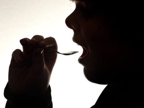 治疗咳嗽 蜂蜜比抗生素更有效.jpg