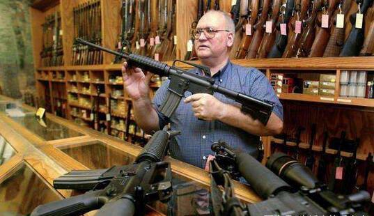 全球因枪支死亡的人数达每年25万人.jpg