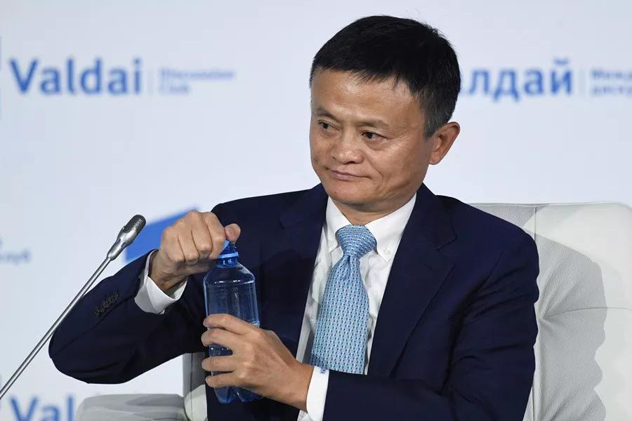 马云即将退休,投身教育慈善事业.png