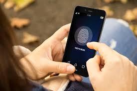 游客前往新西兰须交手机密码 否则会被罚款!