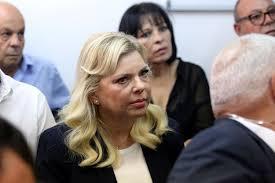 以色列总理夫人因花公款叫外卖而上法庭