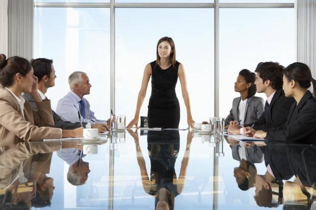 研究发现 女性在开放办公室更注重着装打扮