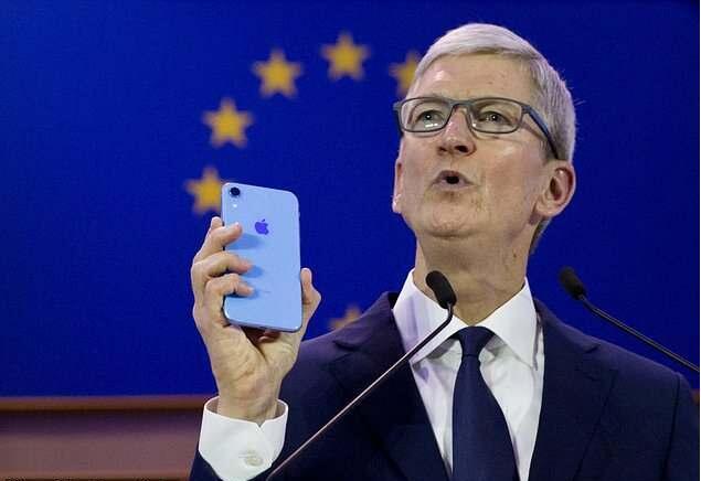 苹果总裁:某些公司利用用户数据信息谋利.jpg