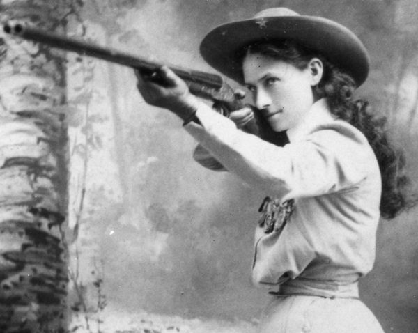 美国著名的女神枪手—安妮·奥克利.jpg
