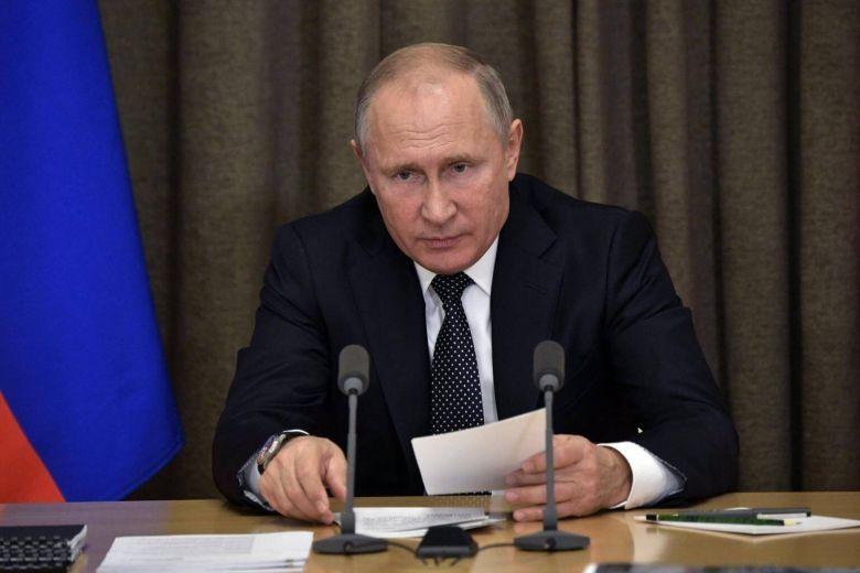 """俄罗斯:乌克兰""""戒严令""""或致冲突升级.jpg"""