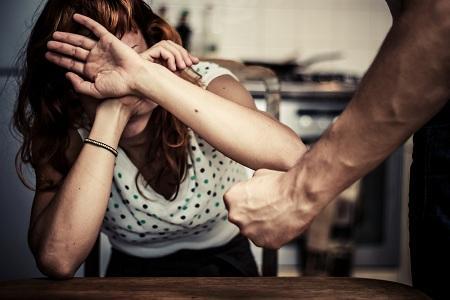 家庭暴力.jpg