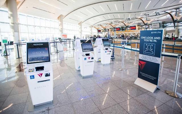 美国首个生物识别航站楼开启.jpg