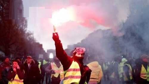法国严重骚乱.jpg