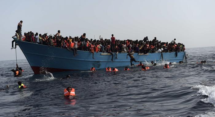 新一波非洲移民涌入西班牙加那利群岛.jpg
