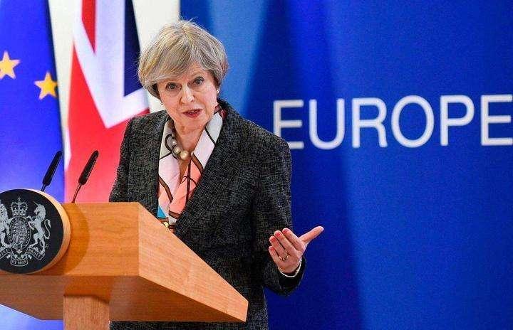 英国议会否决首相脱欧协议.jpg