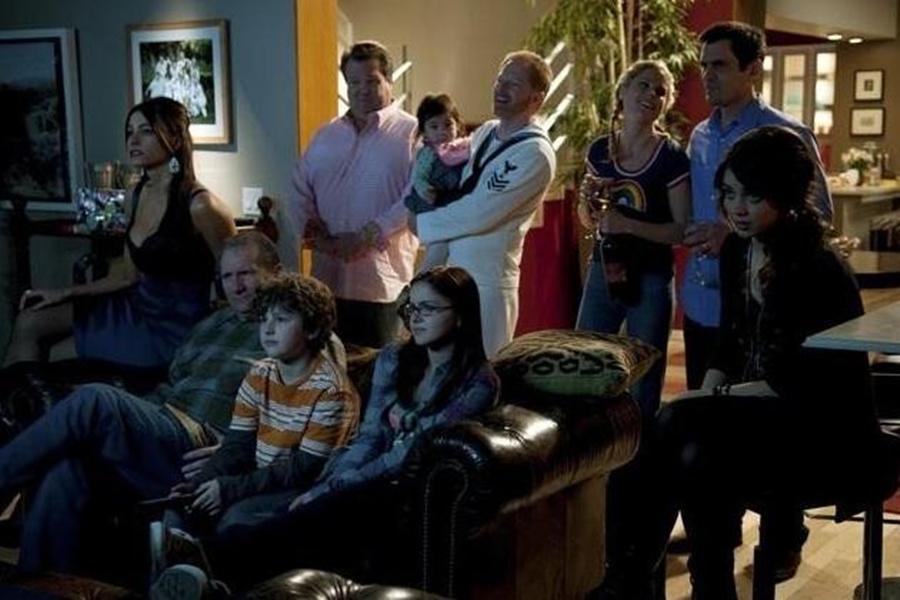 《摩登家庭》宣布续订第11季,但也是最终季.jpg