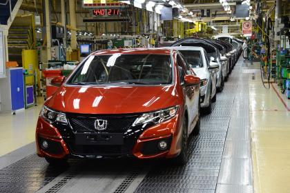 英国新闻讲解附字幕:日本本田汽车将关闭在英工厂
