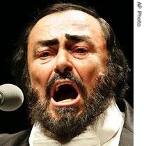 voa慢速:luciano pavarotti: a beautiful voice of many