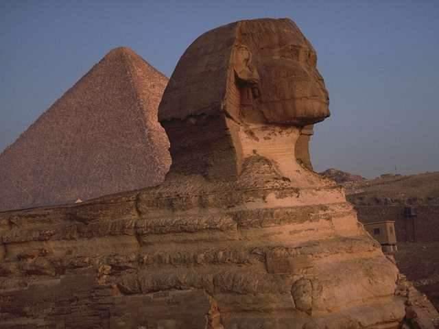 (埃及金字塔)
