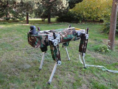 四条腿的大狗机器人